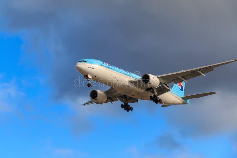 Avion de Korean Air image libre de droits