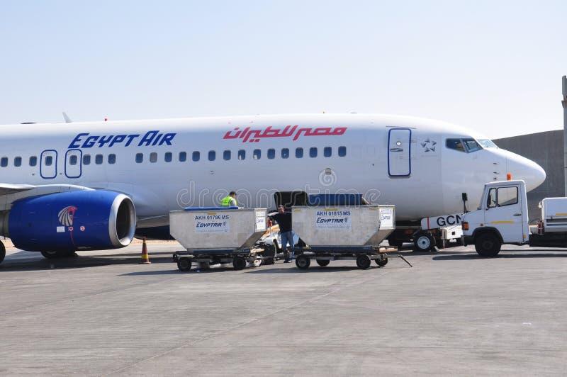 Avion de ligne aérienne d'air de l'Egypte photographie stock