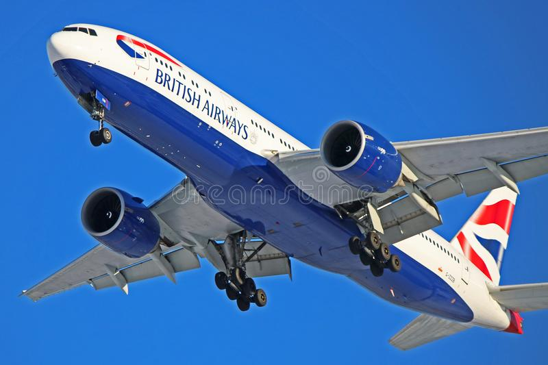 Avion de ligne de British Airways Boeing 777-200 photographie stock libre de droits