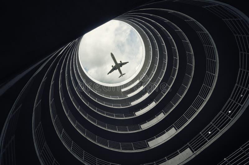 Avion de passager d'atterrissage images libres de droits