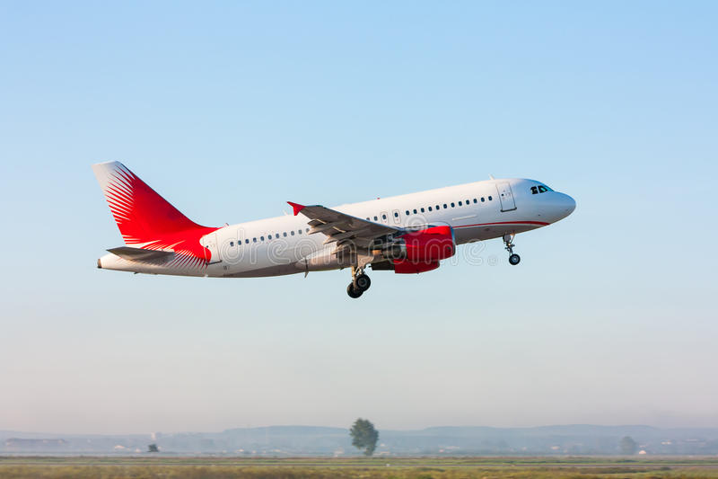 Avion de passagers de décollage photo libre de droits