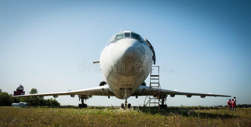 Avion de passagers Tu-154 soviétique massif à moyenne portée photo stock