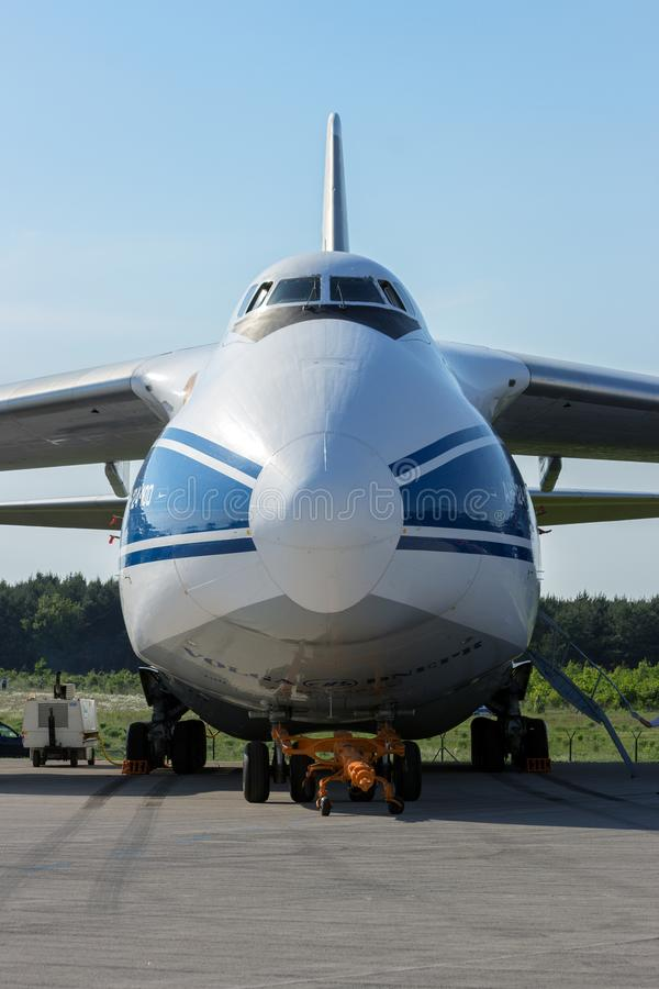 Avion de transport d'Antonov An-124 photo stock