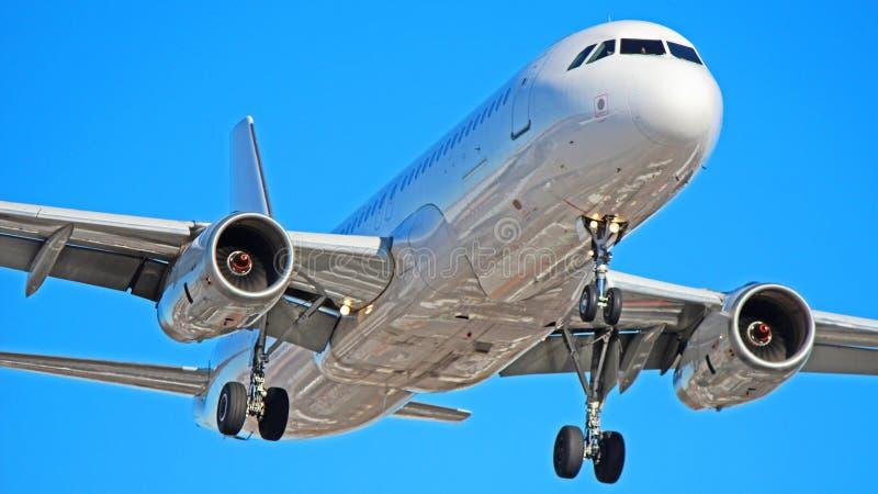 Avion Express Airbus A320 royaltyfri fotografi