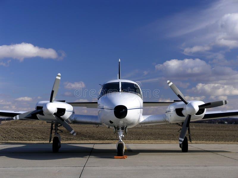 Avion jumel d'affaires d'engine image libre de droits