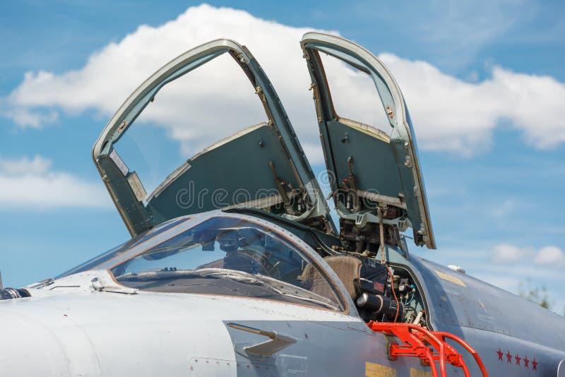 Avion militaire de jet de nez, photographie stock libre de droits