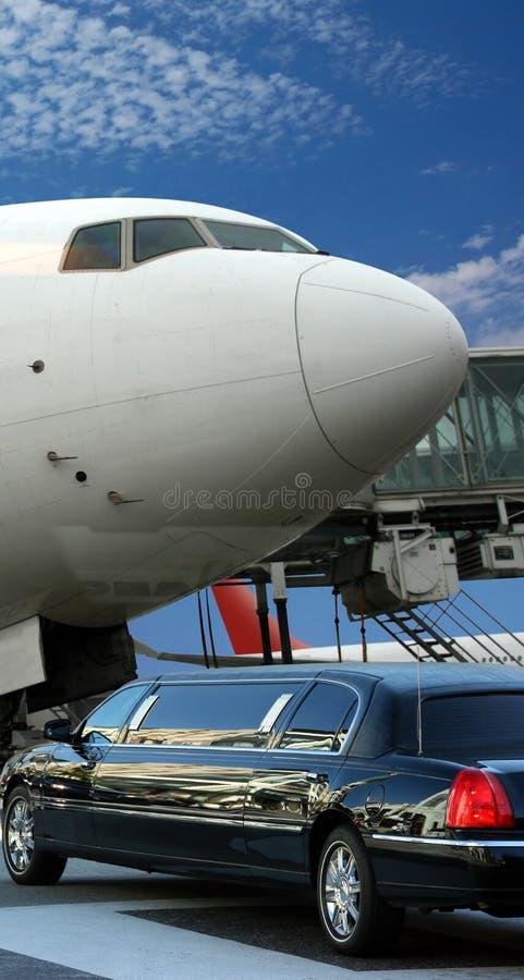 Avion se préparant à la déviation images stock