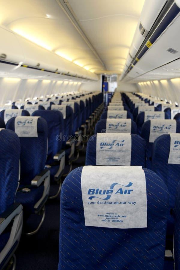 Avion vide de Blue Air   photos libres de droits