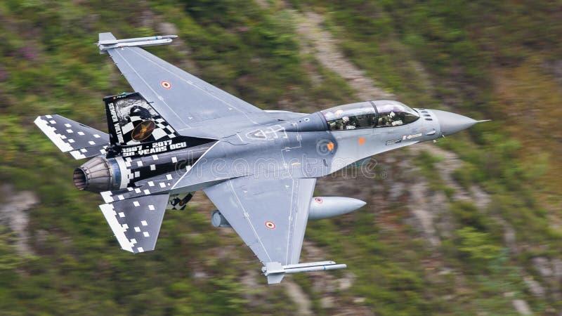 Aviones de avión de combate F-16 fotografía de archivo libre de regalías