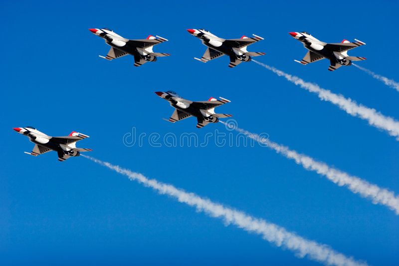 Aviones de combate del F-16 Thunderbird fotos de archivo