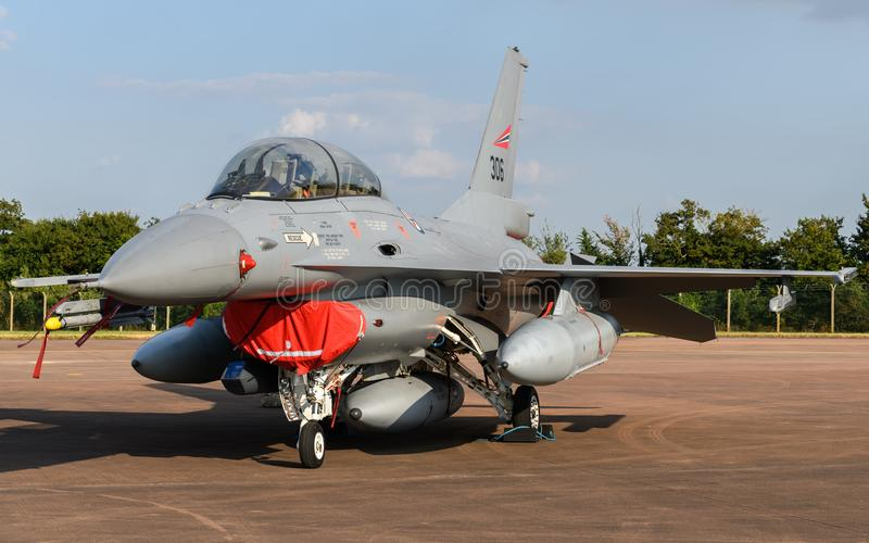 Aviones de combate noruegos de F-16 de la fuerza aérea imágenes de archivo libres de regalías