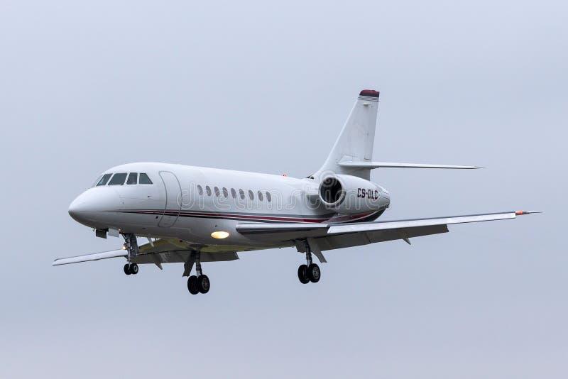 Aviones de jet del negocio del halcón 2000EX de NetJets Dassault CS-DLC foto de archivo libre de regalías