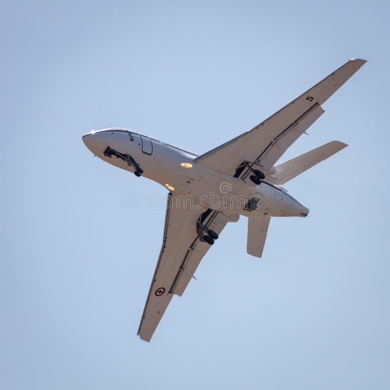 Aviones de jet militares franceses de la patrulla del halcón 50 de Dassault imagen de archivo libre de regalías