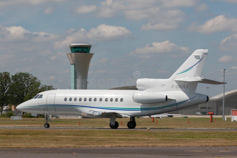 Aviones de negocio del halcón 900 de Dassault F-GKHJ imagen de archivo libre de regalías
