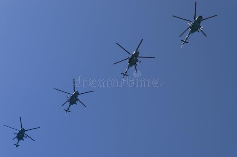 Aviones militares ucranianos en el cielo sobre Kiev Ucrania Día de la Independencia desfile año del 24 de agosto de 2018 foto de archivo libre de regalías