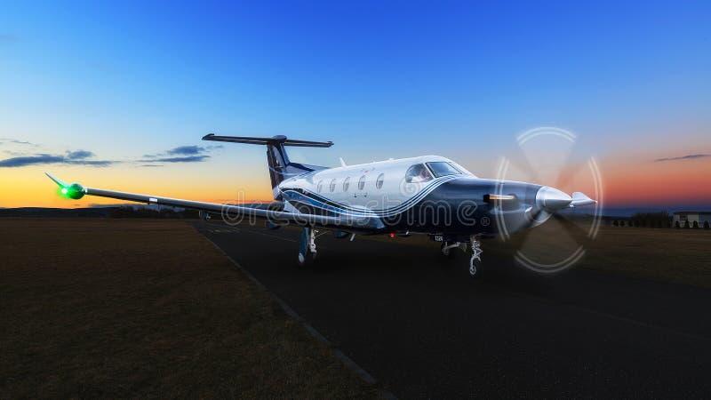 Avions bleus de turbopropulseur sur le groun images libres de droits
