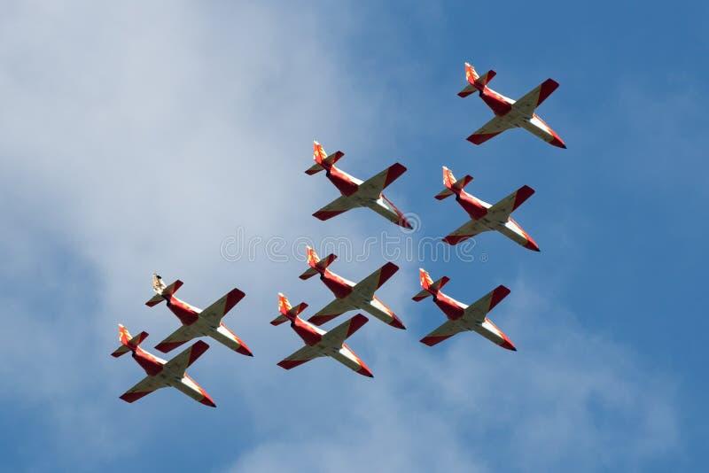 Avions d'entraîneur espagnols de jet de la MAISON C-101EB Aviojet de l'Aire de del d'Ejercito de l'Armée de l'Air de l'affichage  photographie stock libre de droits