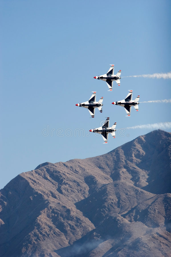 Avions de chasse de F-16 Thunderbird photo stock