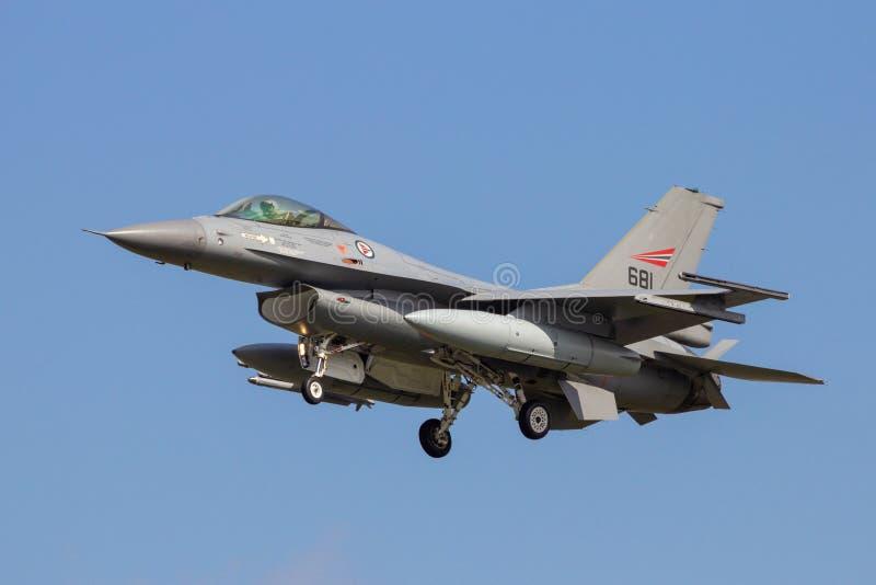 Avions norvégiens royaux d'avion de chasse de F-16 de l'Armée de l'Air image stock