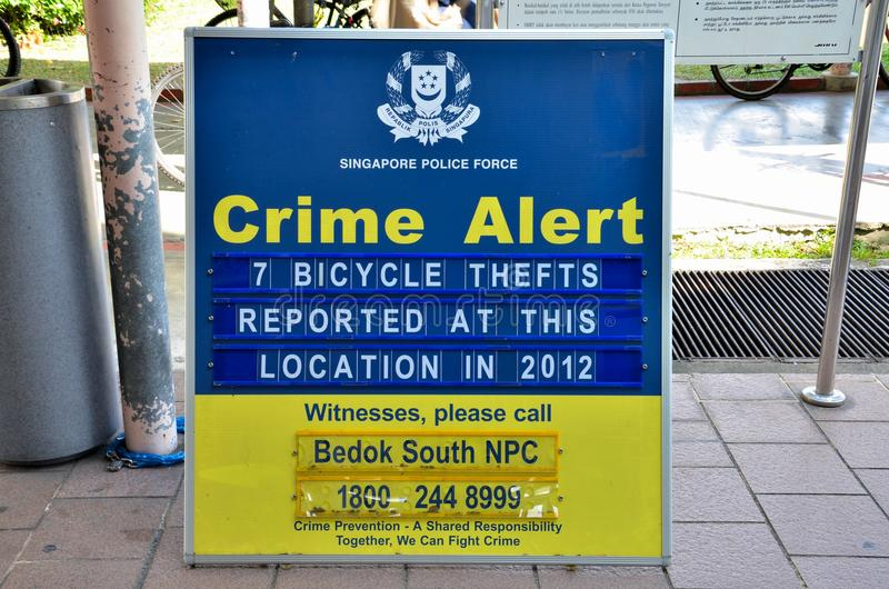 Avis vigilant de crime de police : Singapour images libres de droits