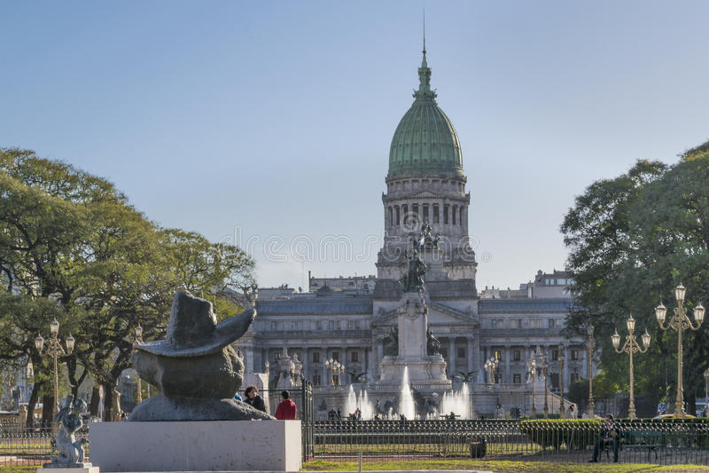 Avlägsen sikt av kongressslotten i Buenos Aires Argentina arkivbilder