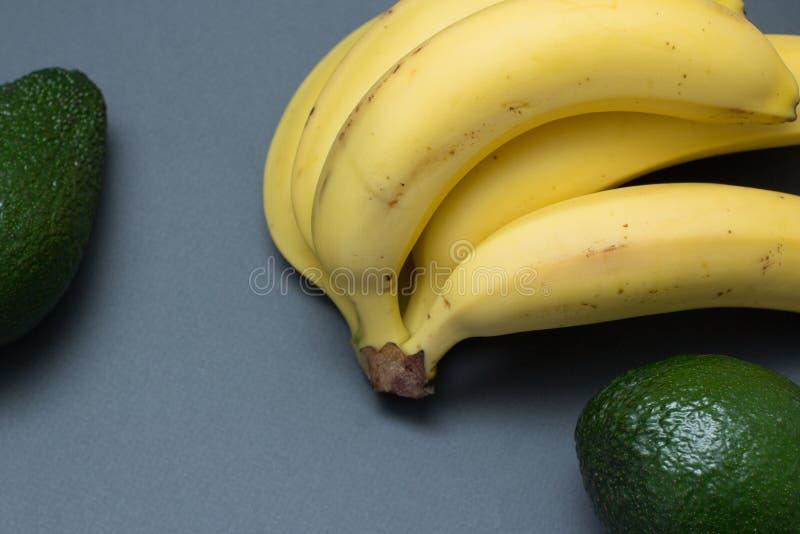 Avocado en banaan royalty-vrije stock foto's