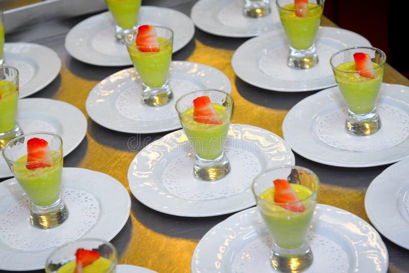 Avocado puddingu zdrowy deser zdjęcie stock