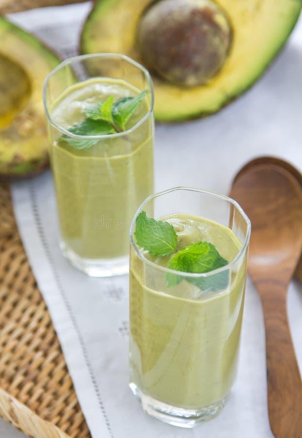 Avocado smoothie [Gezonde drank] stock afbeelding