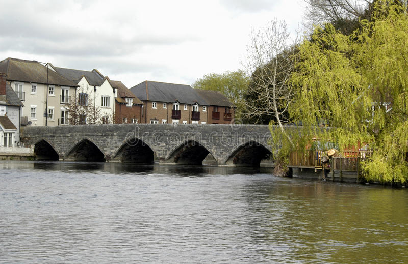 avon bro över arkivfoton