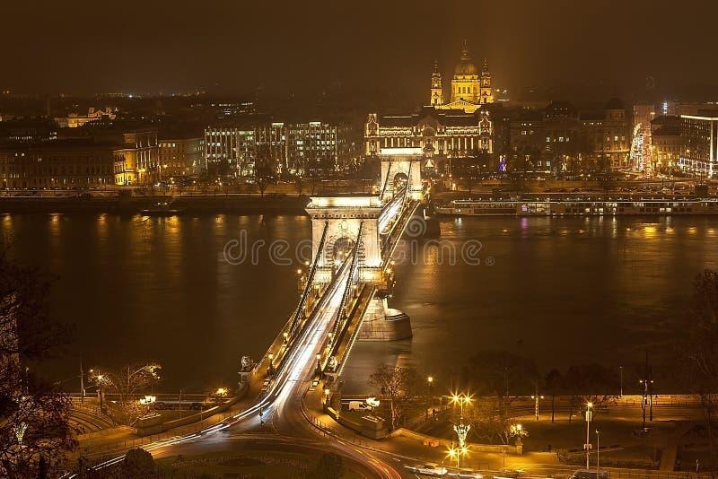 Download Avond Boedapest. stock foto. Afbeelding bestaande uit d0 - 39103878