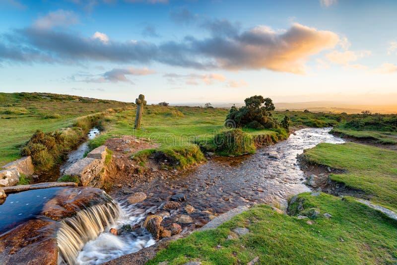 Avondlicht in Windy Post op Dartmoor stock afbeeldingen