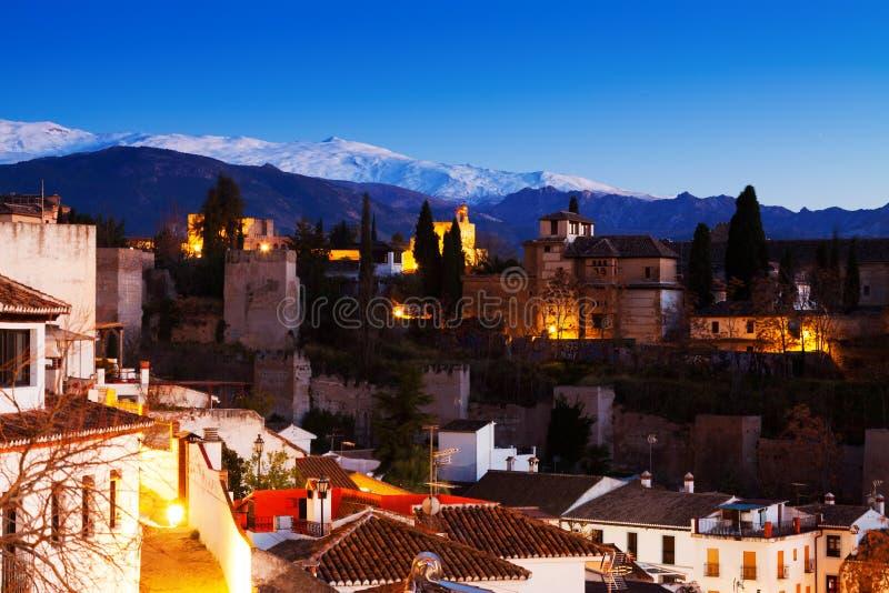 Avondmening van Alhambra met Sierra Nevada royalty-vrije stock afbeelding