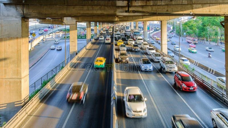 Avondspitsuur in het Centrum van Bangkok, Thailand royalty-vrije stock fotografie