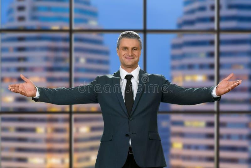 Avondtoespraak van beleefde topmanager stock fotografie