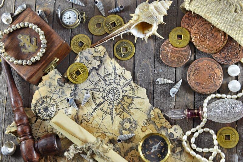 Avontuurlijke piraatachtergrond royalty-vrije stock afbeeldingen