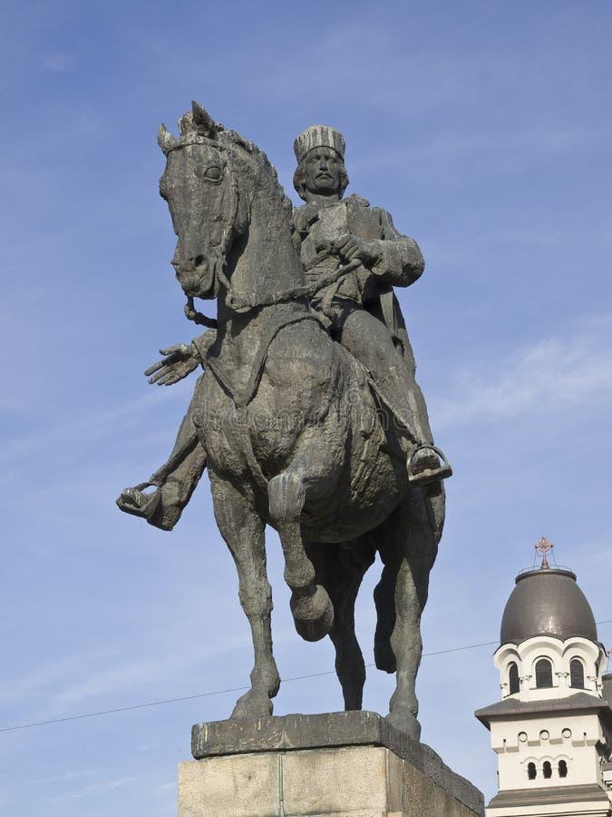 Avram Iancu staty, Targu Mures, Rumänien royaltyfri foto