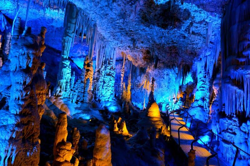 Avshalom-Stalaktit-Höhle - Israel lizenzfreie stockbilder