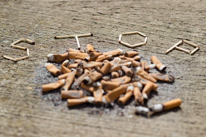 Avslutat röka arkivfoton