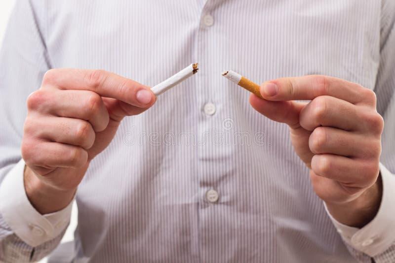 Avslutat röka arkivfoto