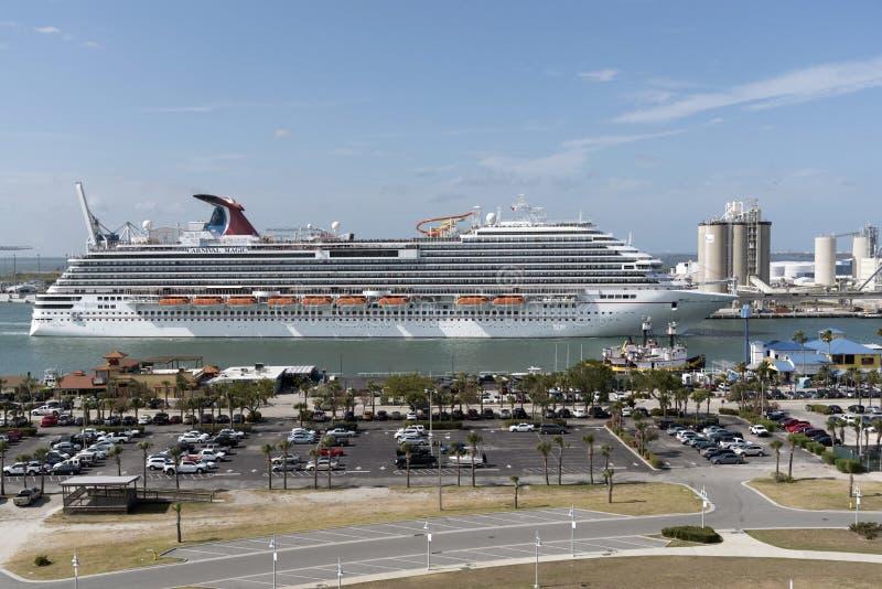 Avtågande port Canaveral Florida USA för kryssningskepp royaltyfri foto