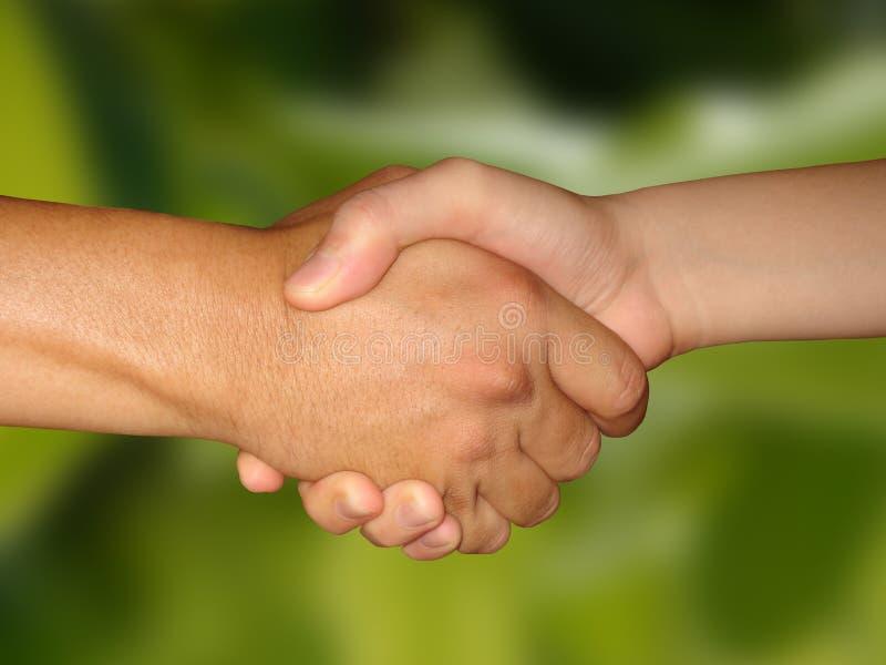 avtalshandshake arkivfoto