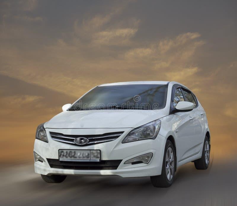 Avtomil Hyundai белое стоковое фото rf