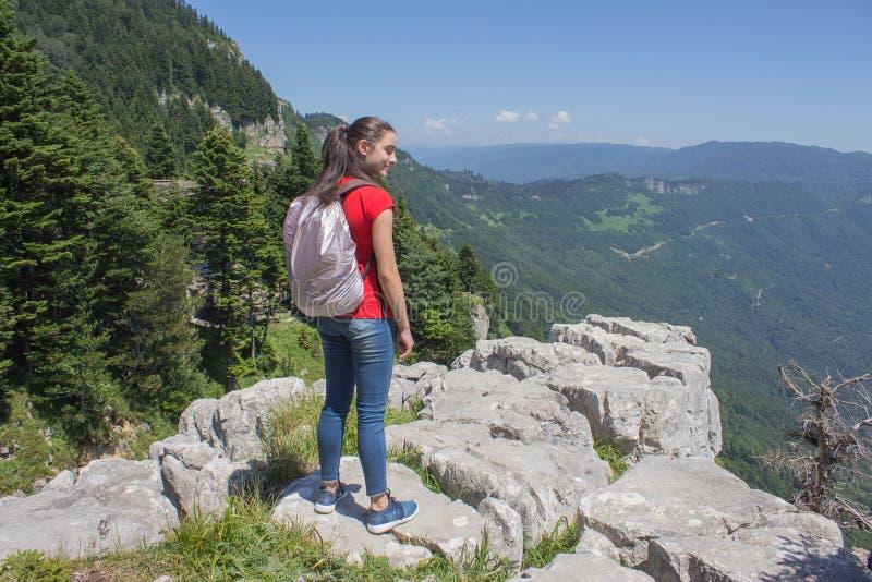 Avventura di viaggio e fare un'escursione stile di vita attivo e sano di attività, durante il giro di fine settimana e di vacanze fotografia stock