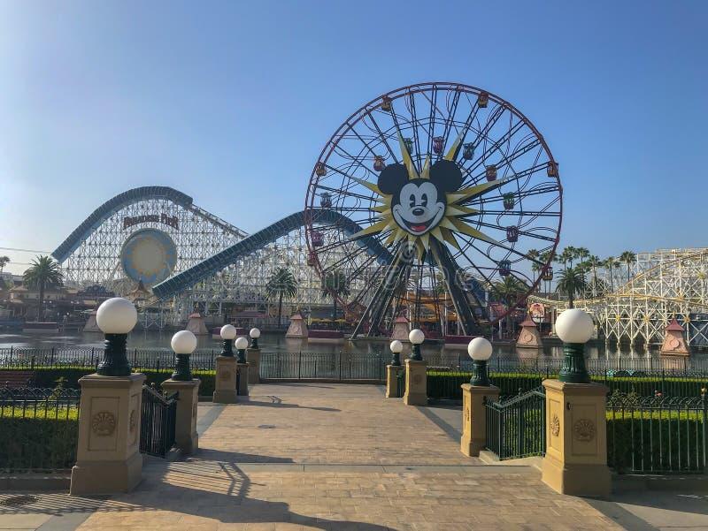 Avventura Mickey Mouse Farris Wheel di Disneyland's California fotografie stock libere da diritti