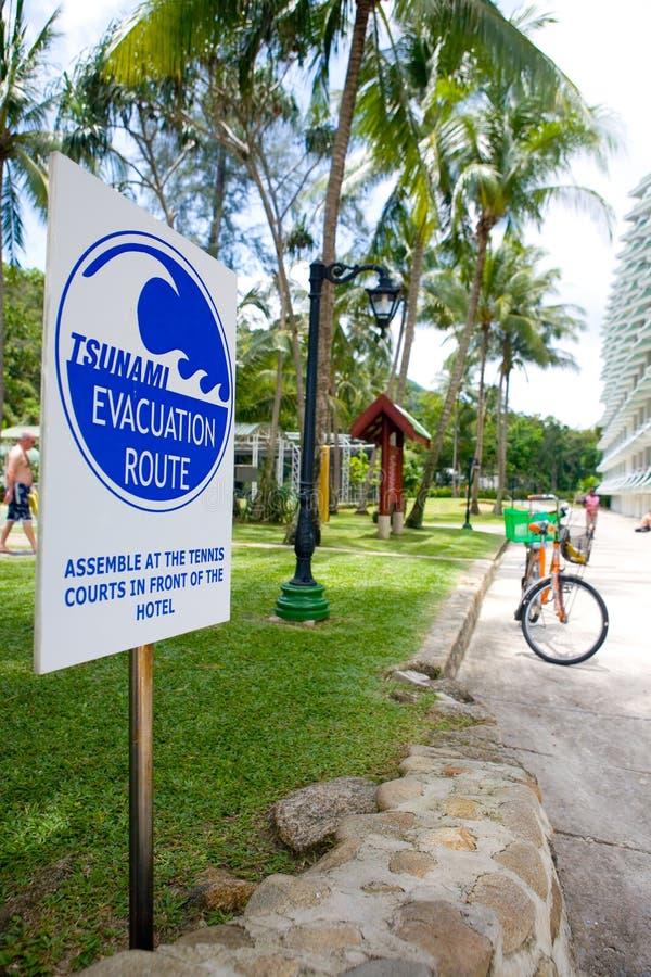 Avviso dell'evacuamento dei tsunami immagine stock