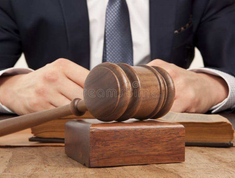 Avvocato in tribunale fotografia stock