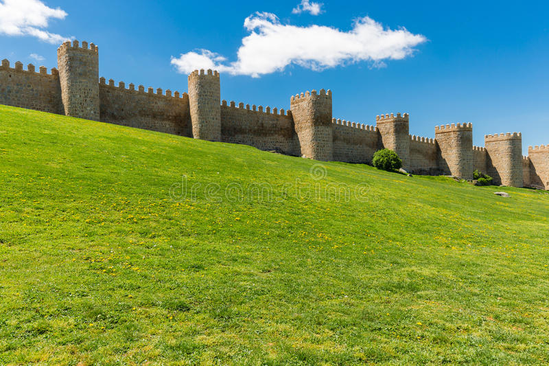 awakener 阿维拉墙壁,亦称murallas de阿维拉详细的看法  库存图片