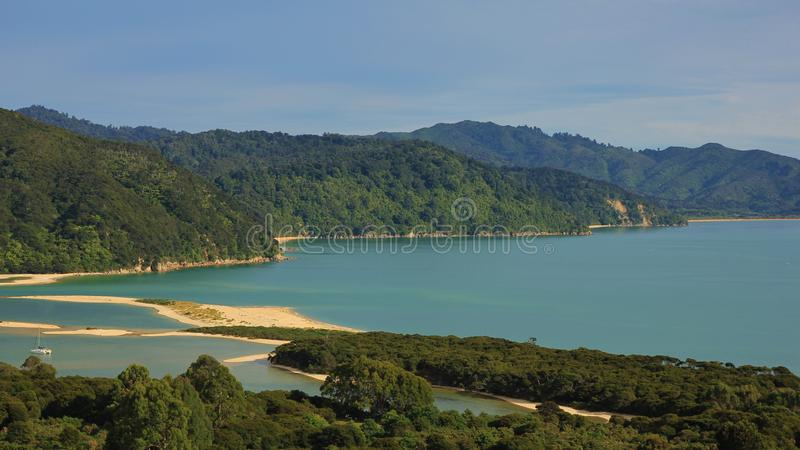 Awaroainham, baai in Abel Tasman National Park stock afbeeldingen