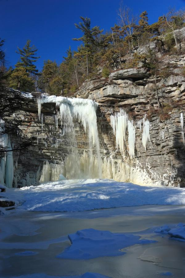 Download Awosting Falls Frozen Lake Vertical Stock Image - Image: 12608497