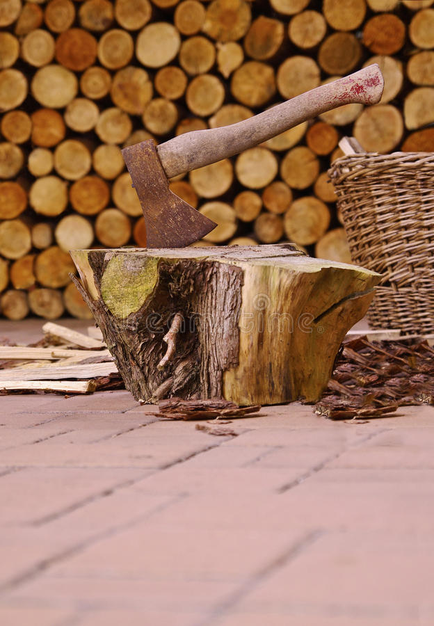 Free Ax And Firewood Stock Images - 49053774